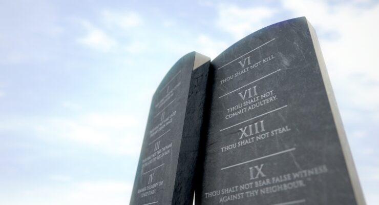 Cleveland County School Board Considers Display of Ten Commandments at Schools